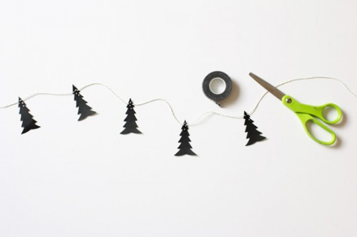 27-wonderful-paper-and-cardboard-christmas-decorations